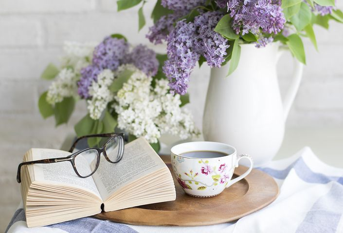 Self Help Books That Will Transform YourLife